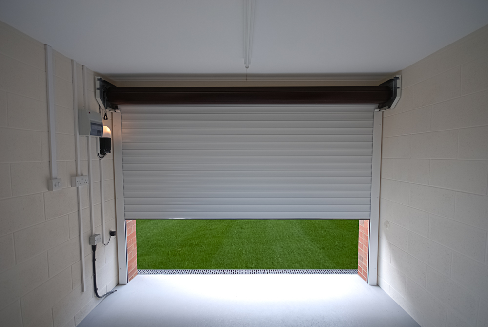 Garage Roller Shutter Doors Bespoke Fitting Saturnuk